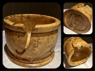 Réf #402.Très grand bol à laine en érable coti $195.00 (20cm diamètre x 14cm hauteur)